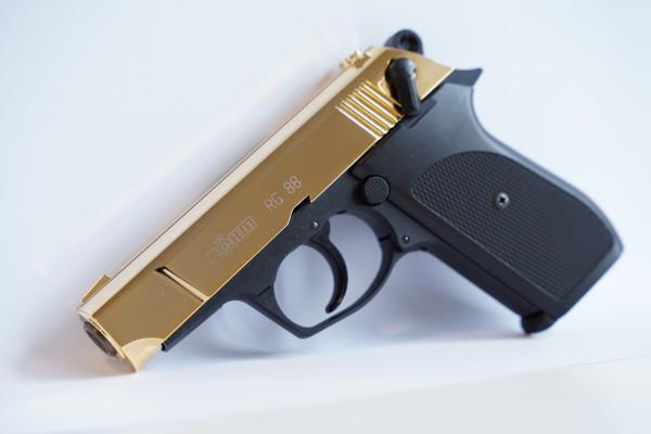 Röhm RG88 Schwarz/Gold 9mm P.A.K. Schreckschusspistole